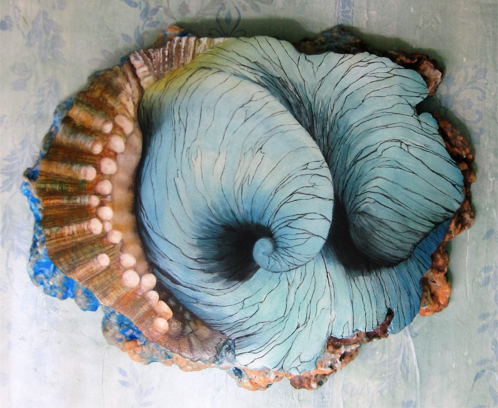 shell-hinge